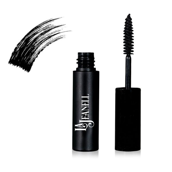 Natural Makeup - Dramatic Lashes Black Mascara
